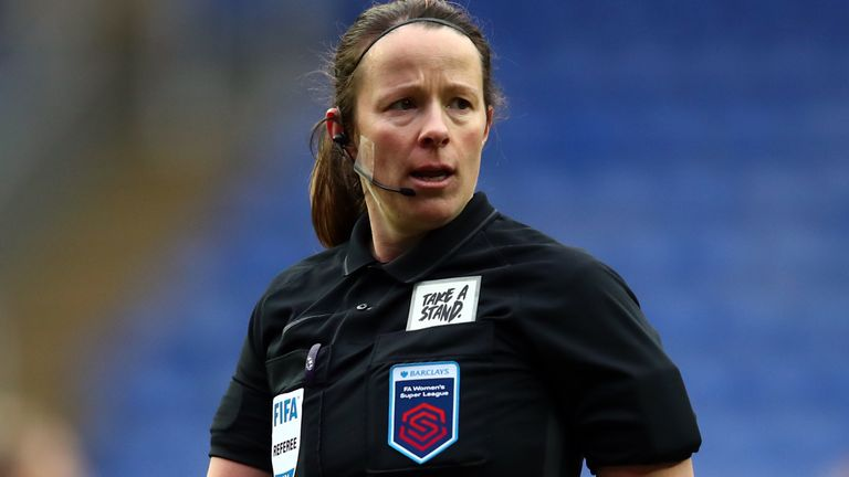 READING, ENGLAND - FEBRUARY 14: Referee Stacey Pearson during the Barclays FA Women's Super League match between Reading Women and Everton Women at Madejski Stadium on February 14, 2021 in Reading, England. Sporting stadiums around the UK remain under strict restrictions due to the Coronavirus Pandemic as Government social distancing laws prohibit fans inside venues resulting in games being played behind closed doors. (Photo by Marc Atkins/Getty Images)