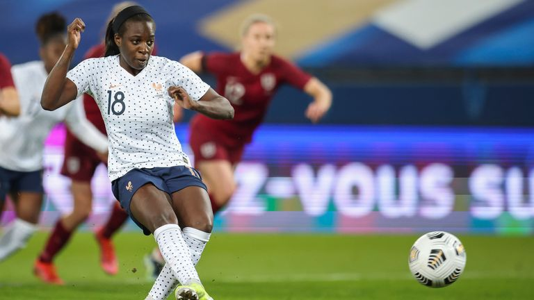 Viviane Asseyi scores from the penalty spot to make it 2-0 to France