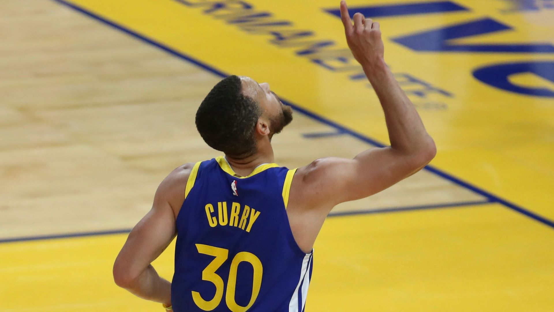 Curry 'spectacular' in 49-point showing