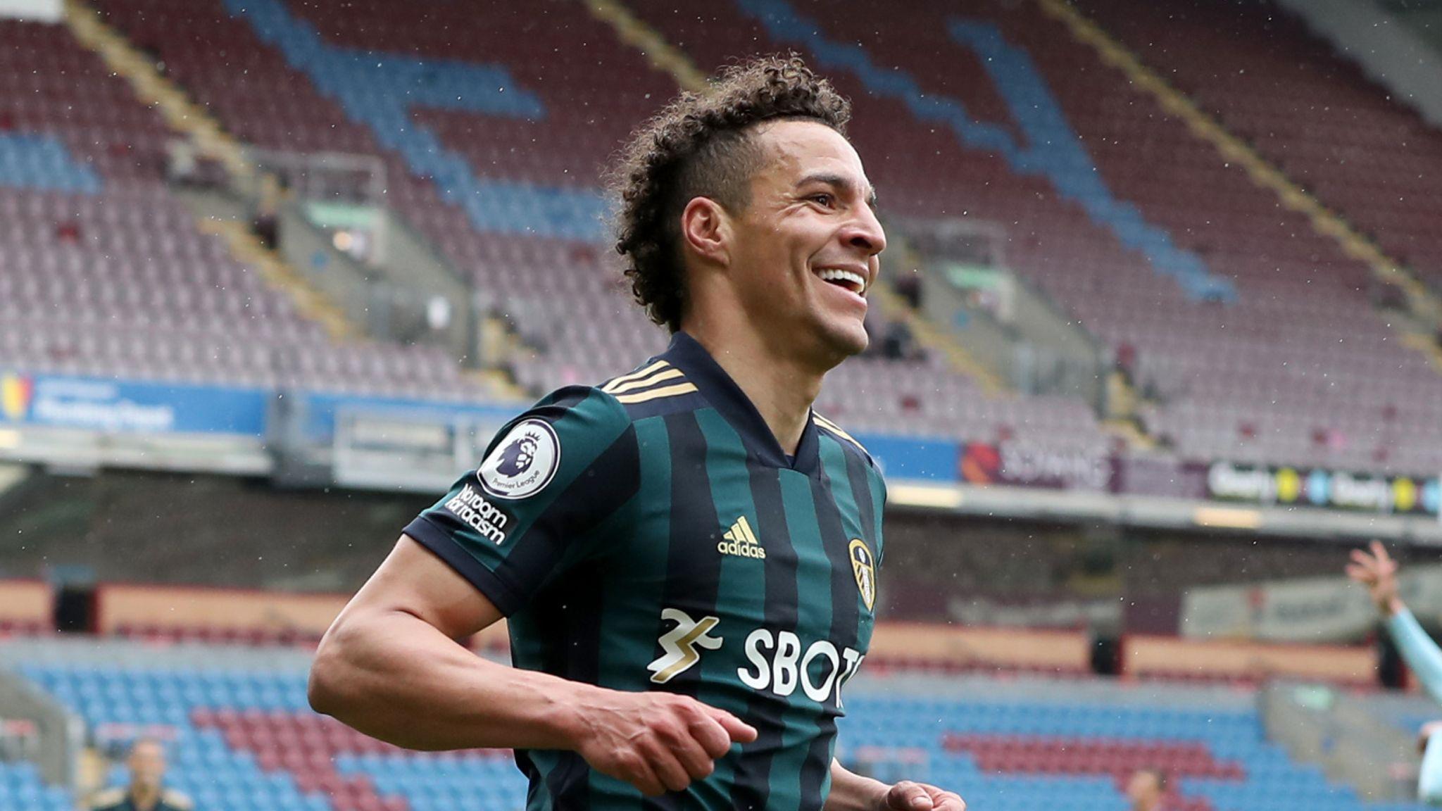 Burnley 0-4 Leeds: Super-sub Rodrigo's late double gives Marcelo Bielsa's  side big win at Turf Moor | Football News | Sky Sports