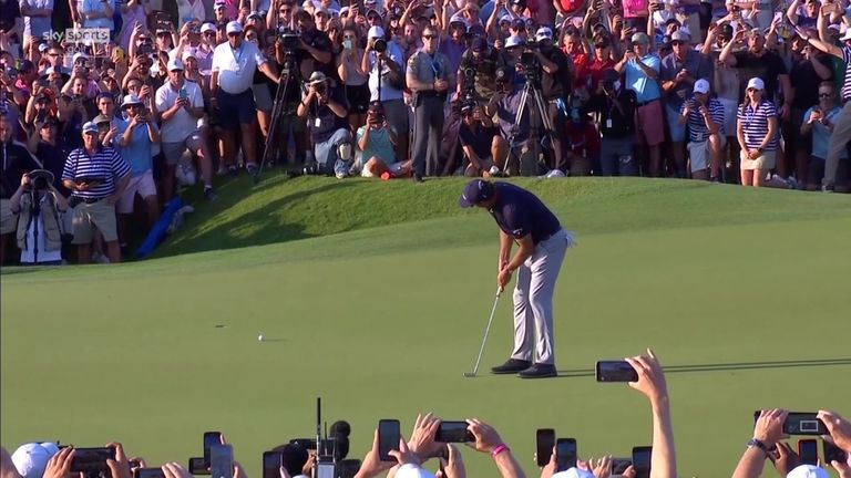 Nick Dougherty and Andrew Coltart look back at Mickelson's winning round at the PGA Championship, where the 50-year-old became the oldest major champion in history