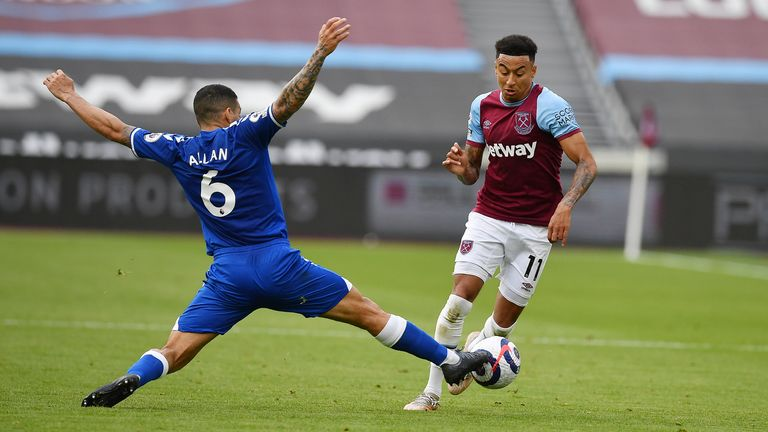 Allan snuffs out the danger from Jesse Lingard
