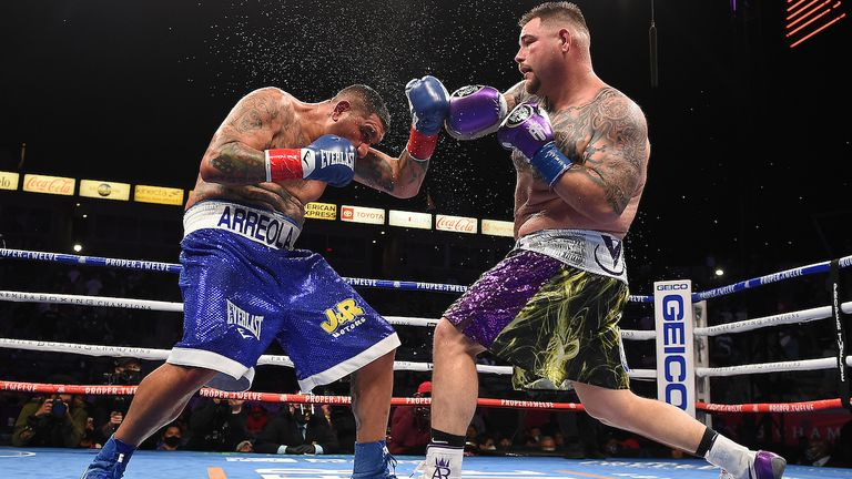 Andy Ruiz Jr survives knockdown to beat Chris Arreola in comeback fight |  Boxing News