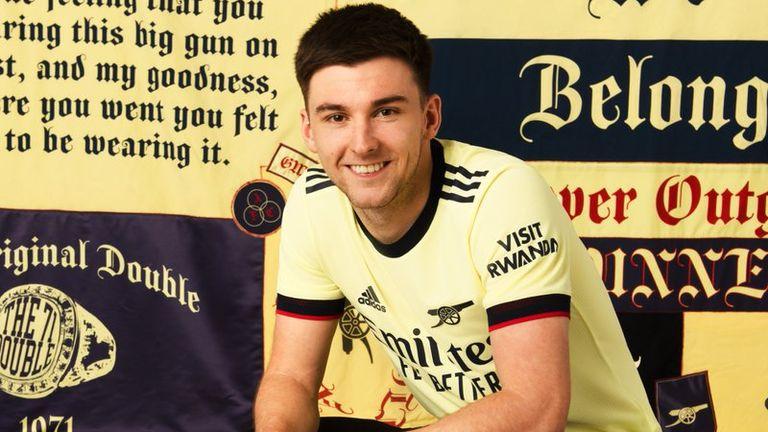 Kieran Tierney sports Arsenal's new retro away shirt