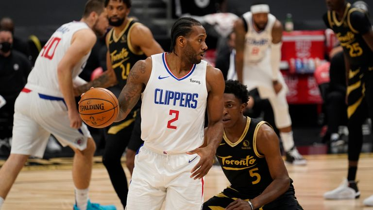 Highlights of the Los Angeles Clippers against the Toronto Raptors in Week 21 of the NBA.