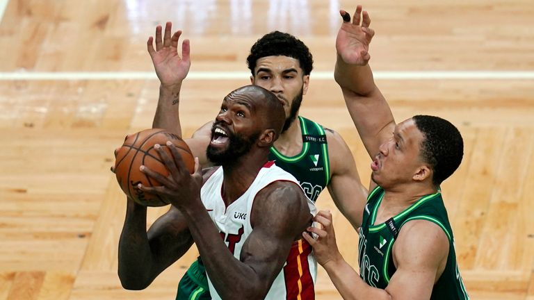Highlights of the Miami Heat against the Boston Celtics in Week 21 of the NBA.