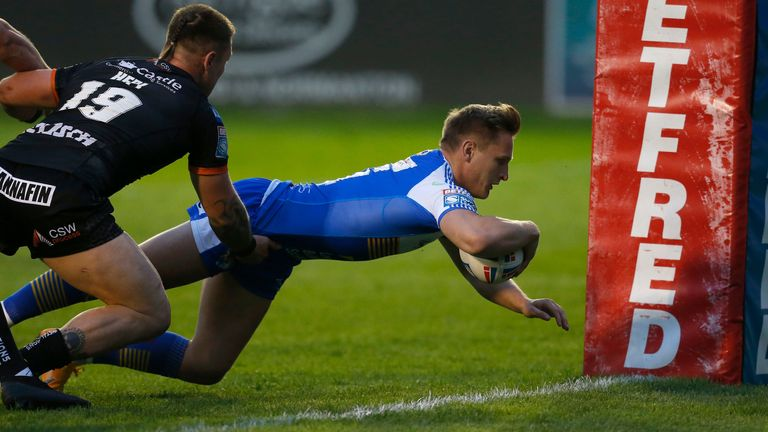 Brad Dwyer scored one of 11 Leeds Rhinos tries in the game