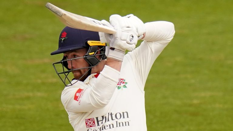 Josh Bohannon's knock of 46 helped to steer Lancashire to their target of 253 at Hove