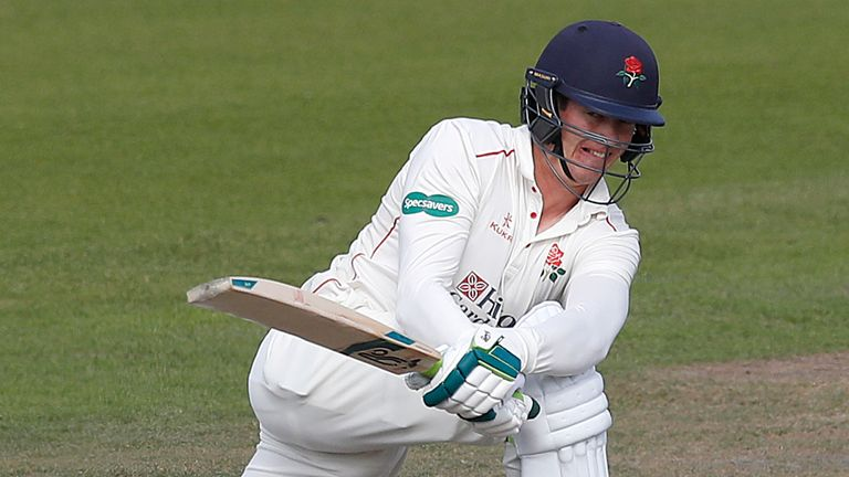 Keaton Jennings hit an unbeaten 91 as Lancashire beat Sussex by five wickets, their third straight County Championship win of the season