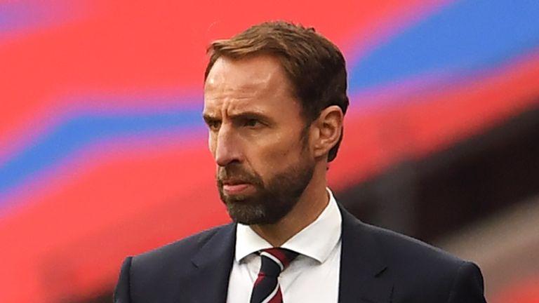 Gareth Southgate ha collaborato con Joe Jordan per lanciare un'iniziativa per aiutare il calcio di base
