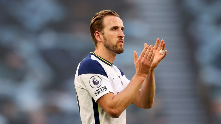 Tottenham Hotspur's Harry Kane applauds the fans after the final whistle during the Premier League match at the Tottenham Hotspur Stadium, London.