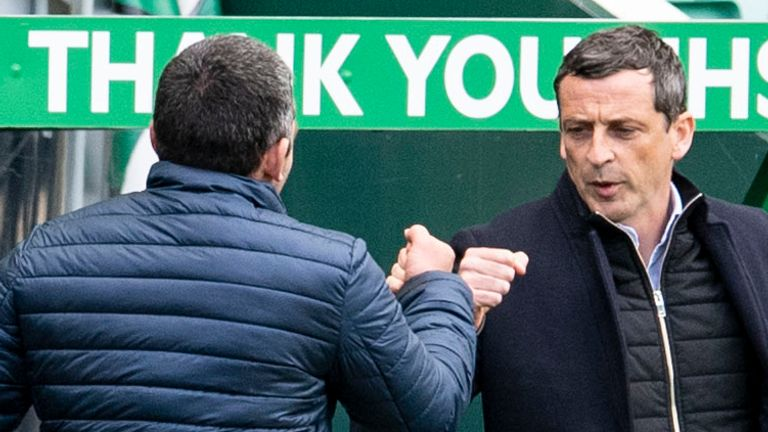 EDINBURGH, SCOTLAND - MAY 01: Hibernian manager Jack Ross (right) with St Johnstone manager Callum Davidson during a Scottish Premiership match between Hibernian and St Johnstone at Easter Road, on May 01, 2021, in Edinburgh, Scotland. (Photo by Ross Parker / SNS Group)