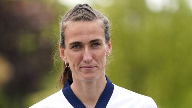 Manchester City midfielder Jill Scott believes the temporary switch to Everton was key for her Team GB selection