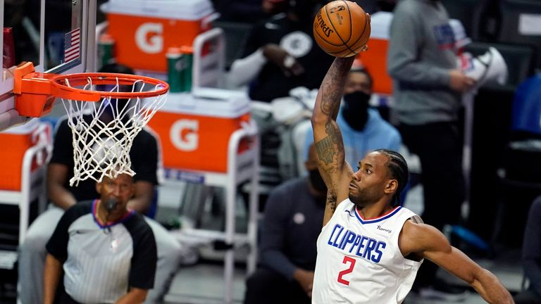 Kawhi Leonard and the Clippers closed out victory over Toronto in the final moments (AP Photo/Marcio Jose Sanchez)