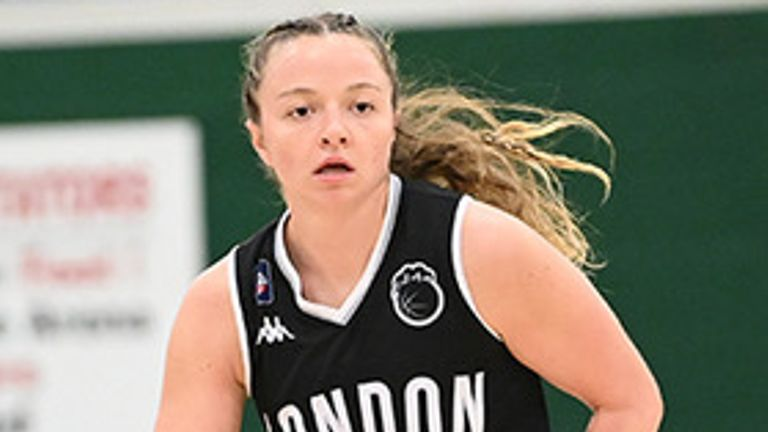 Kennedy Leonard starred yet again for the Lions. Image: WBBL