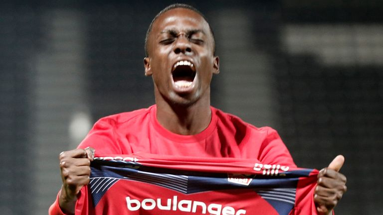 Timothy Weah celebrates Lille's Ligue 1 victory