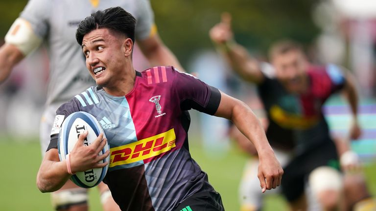 Marcus Smith in action for Quins