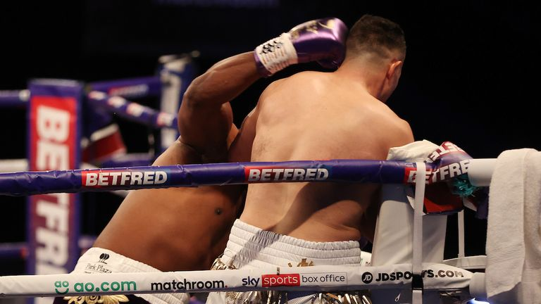 *** Free for editorial use ***.  Derek Chisora vs Joseph Parker, heavyweight competition.  May 1, 2021. Mark Robinson Boxing Photo.