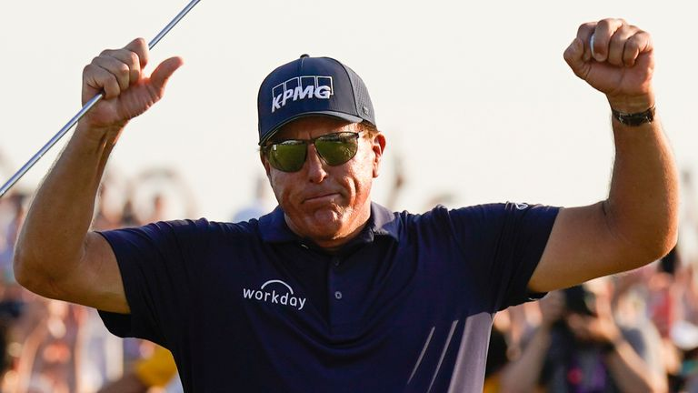 Mickelson is the oldest major winner in history