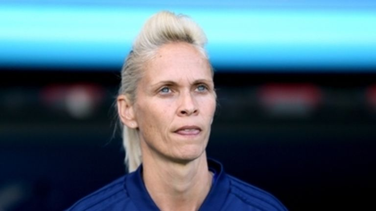 Former Scotland head coach Shelley Kerr has been offered a role with the FA