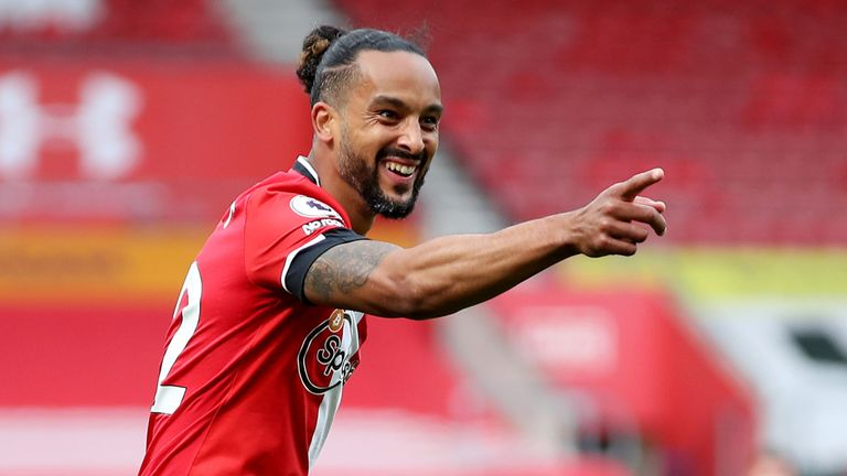 Theo Walcott gestures after scoring to give Southampton a 3-1 lead against Fulham