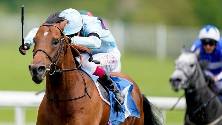 Oisin Murphy riding Starman win the Duke Of York Clipper Logistics Stakes at York