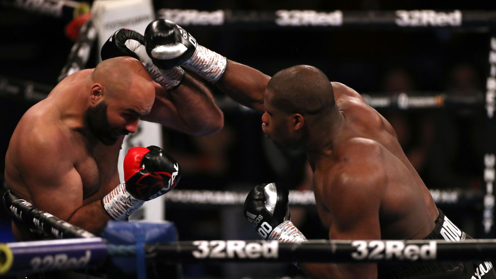 Daniel Dubois stops Bogdan Dinu to claim WBA interim heavyweight title