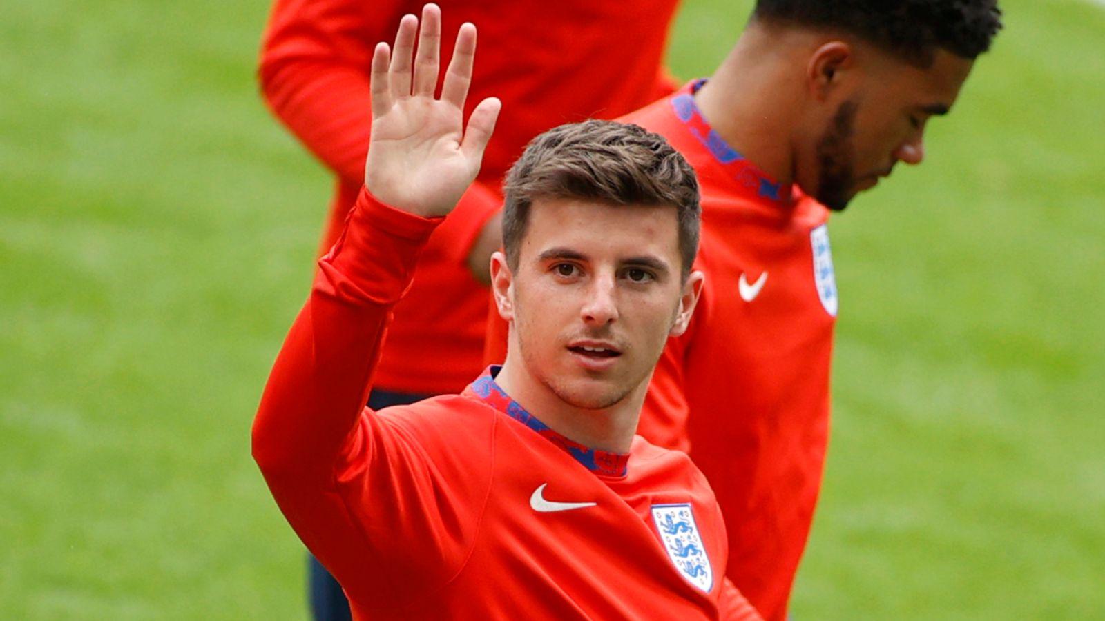 Mason Mount: England midfielder expected to start in Euro 2020 quarter-final against Ukraine