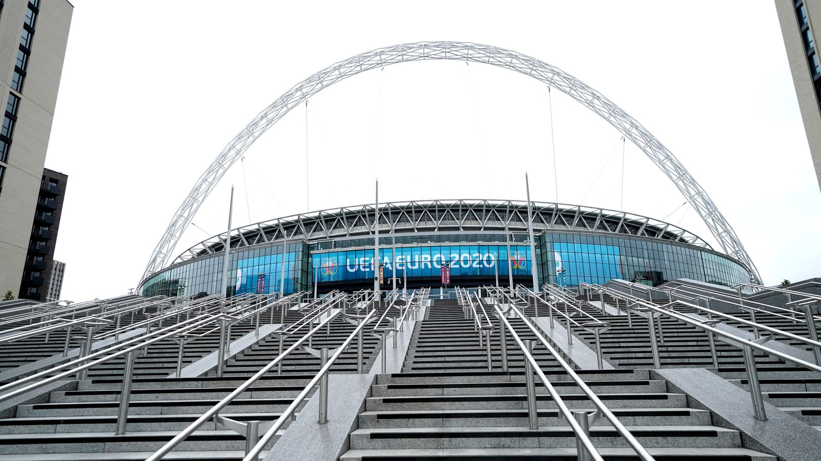 Wembley pilot events: Eight positive coronavirus cases recorded among fans who attended FA Cup and Carabao Cup matches