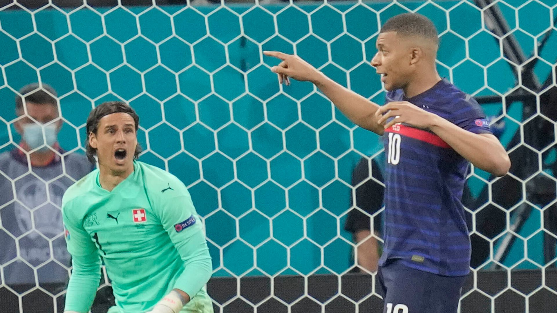 'I'm sorry, I failed' - Mbappe left low | Lloris: No pointing fingers