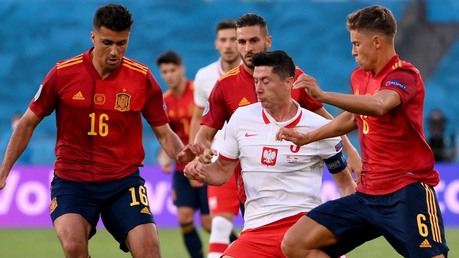 Morata puts Spain ahead vs Poland LIVE!