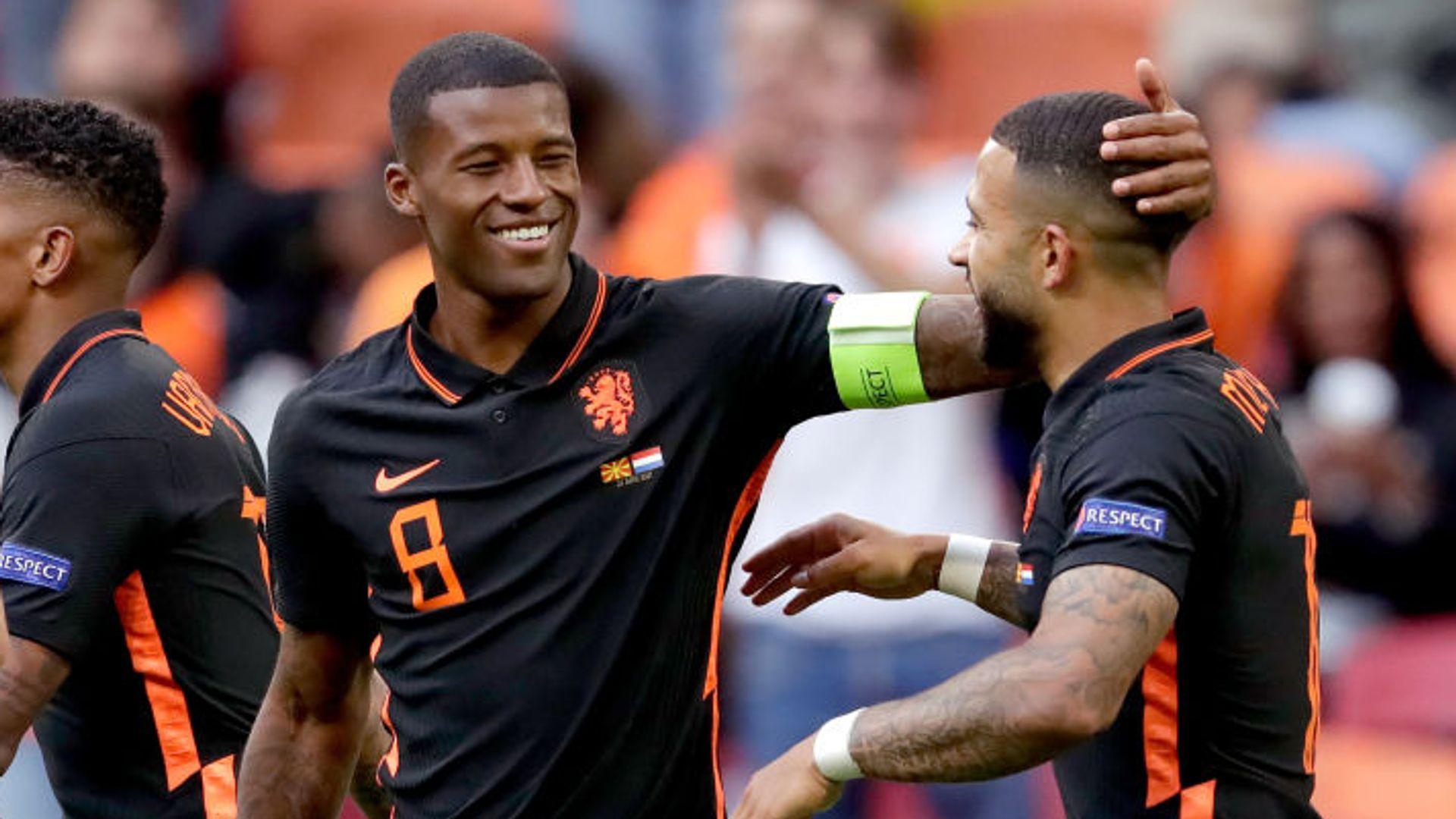 Wijnaldum double seals Dutch's perfect record