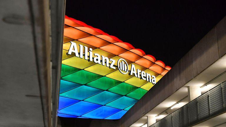 La UEFA ha rechazado la solicitud de la Asociación Alemana de Fútbol y del alcalde de Múnich para que el estadio de la Alianza se ilumine con los colores del arco iris para el partido contra Hungría.