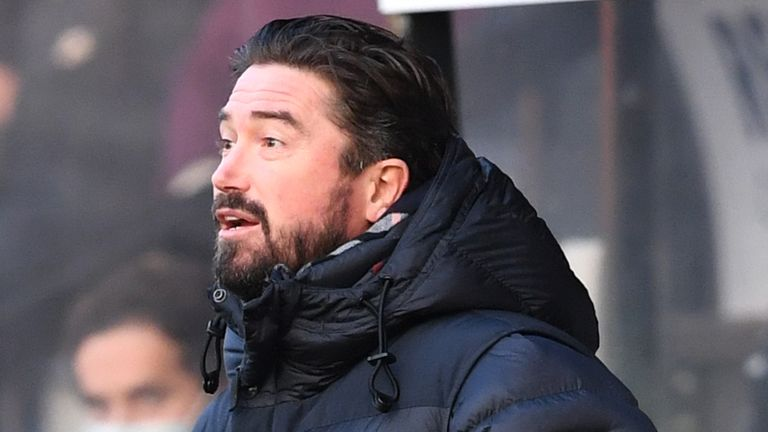 Harry Kewell has been named as Barnet's new head coach