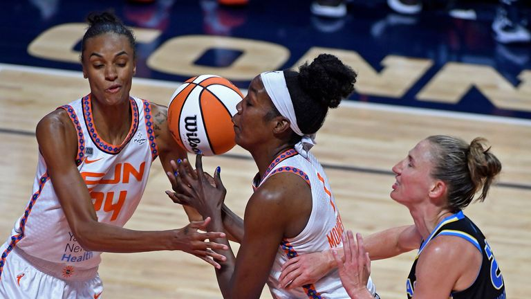 Highlights of the WNBA regular season game between the Chicago Sky and the Connecticut Sun.