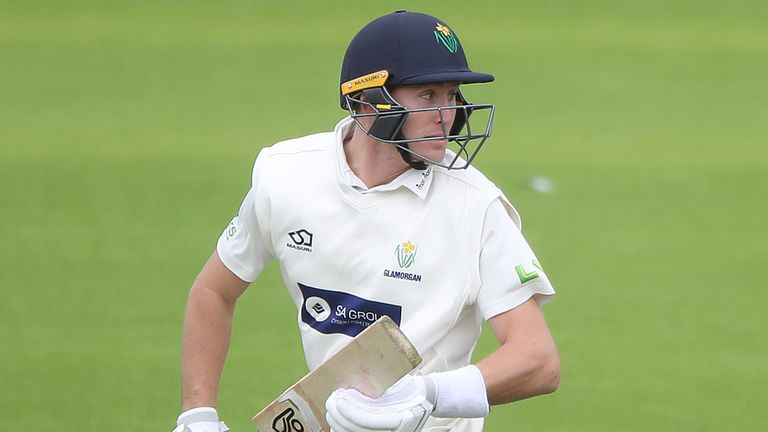 Marnus Labuschagne's unbeaten 63 strengthened Glamorgan's chances of claiming a top-two place as they beat Group 3 leaders Lancashire by six wickets