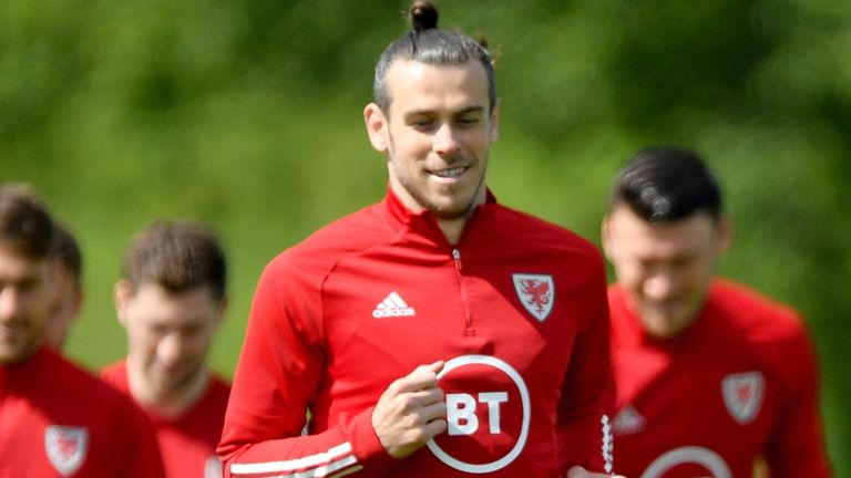 Gareth Bale says he is only thinking about Wales at Euro 2020 and not his Real Madrid future