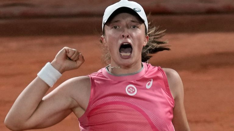 Iga Swiatek stayed on track for a successful defence of her French Open title