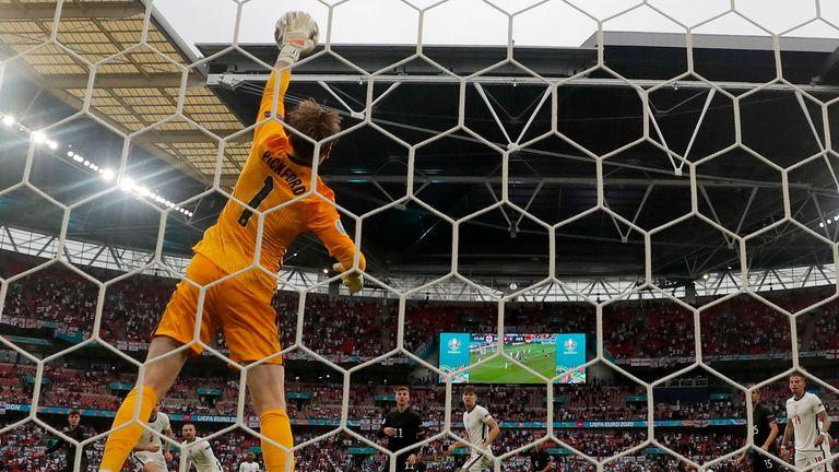 Jordan Pickford denies Kai Havertz at Wembley
