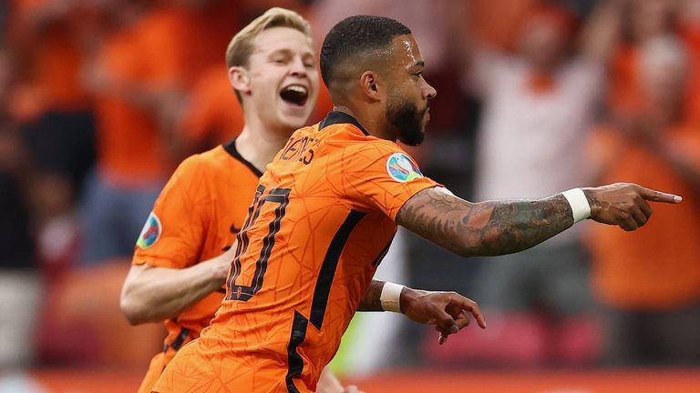 Memphis Depay puts Netherlands 1-0 up against Austria