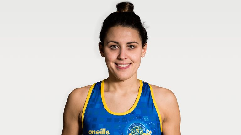 The experienced mid-court player comes into the squad as an injury replacement for Jess Shaw