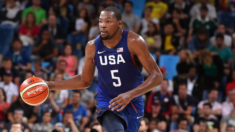 Kevin Durant brings the ball up against Serbia during the Gold Medal game at the 2016 Rio Olympics