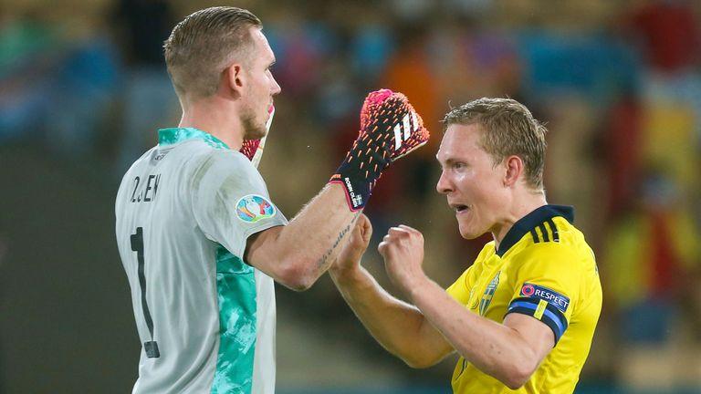 Ruben Olsina y Ludwig Augustensson celebran el punto de Suecia