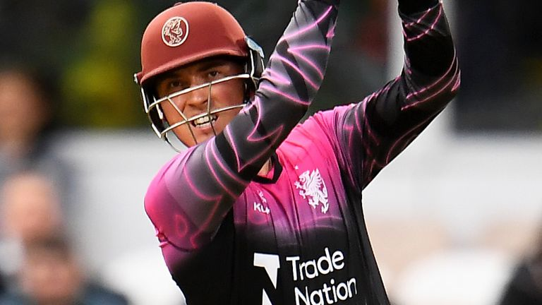 Tom Banton blazed seven sixes and eight fours in a brutal 101 not out from 51 balls as Somerset thrashed Kent in Canterbury