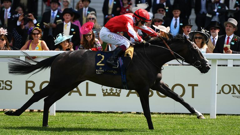 Oisin Murphy and Berkshire Shadow win the Coventry Stakes