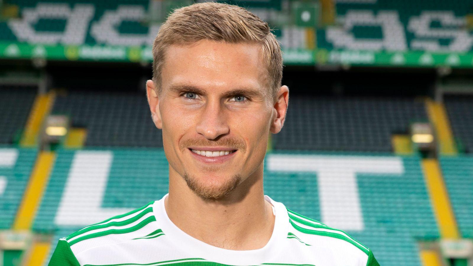 Ange Postecoglou says Celtic arrival Carl Starfelt is major boost to squad