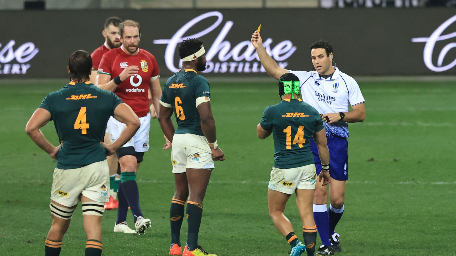 Cheslin Kolbe: Nigel Owens says winger lucky not to see red as Springboks level series with Lions
