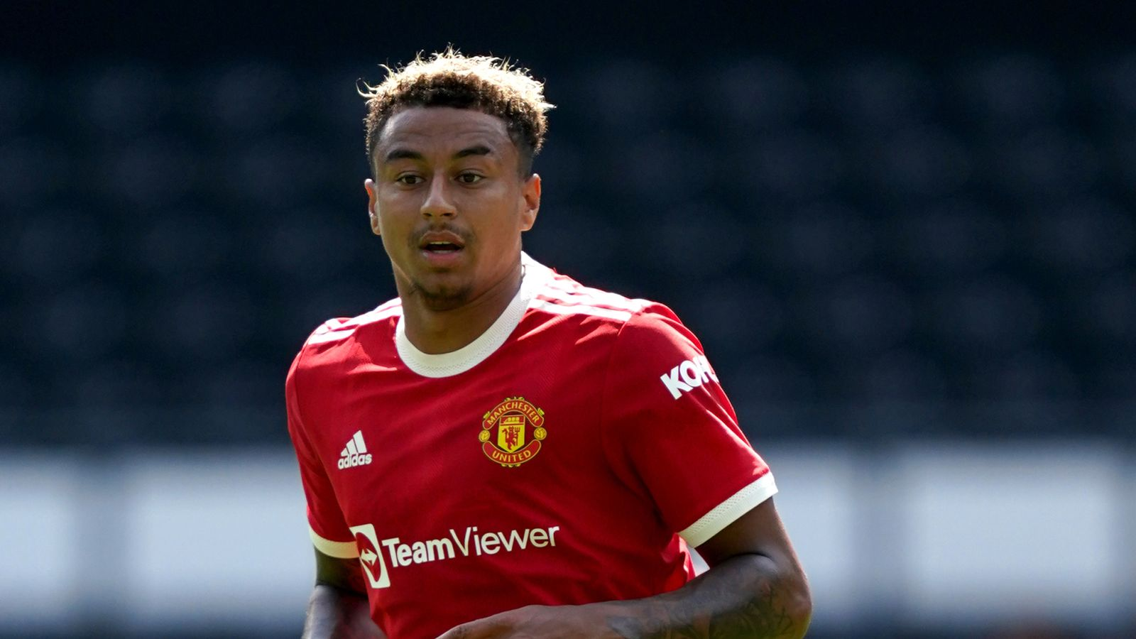 Jesse Lingard: Manchester United forward isolating after club confirm positive Covid-19 test