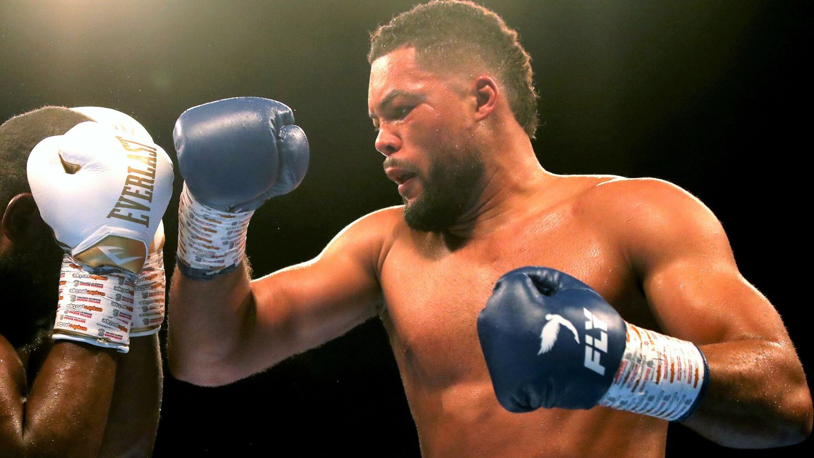 Joe Joyce stops Carlos Takam in sixth round to stay on course for a world heavyweight title fight