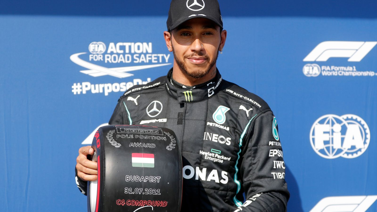 Lewis Hamilton shrugs off boos at Hungarian GP after claiming pole position in first race since Silverstone controversy
